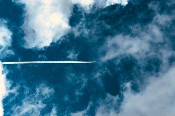 Flightnook-Contrails